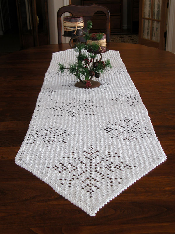 Cascading Snowflakes Table Runner Photo